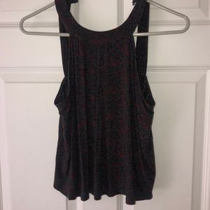 Obey circle neck top